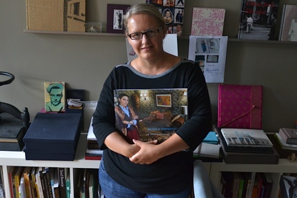 Snapshot from Maria Meyer-Feng with German Book in CityKinder Blog CityPortraits