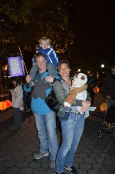 CityKinder Lantern Walk 2012 for German Kids in Battery Park, Manhattan, New York