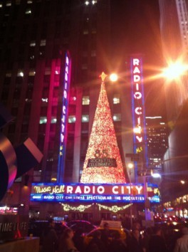 rockettes-christmas-spectacular-ny-german-blog