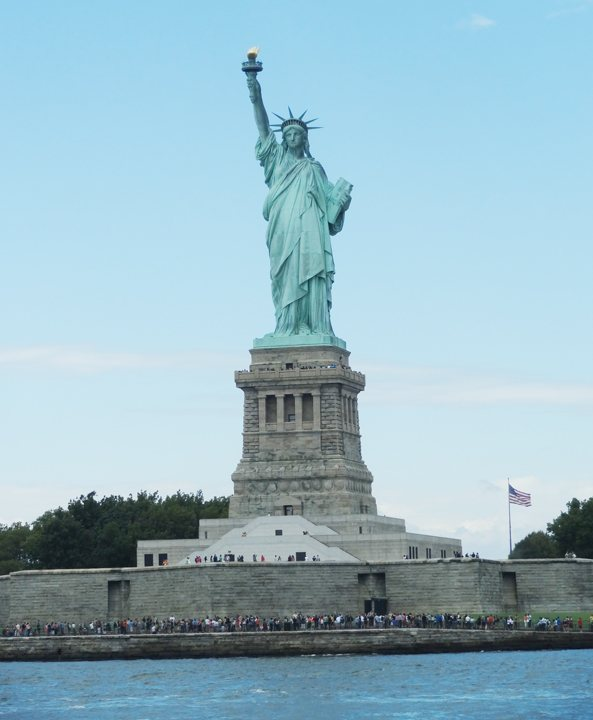 via Statue of Liberty with Staten Island Ferry New York in CityKinder German Blog CityErleben