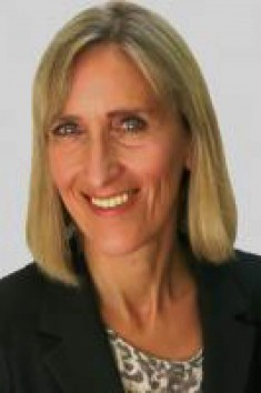 Dr. Beatrice Kraemer Close up| City Kinder