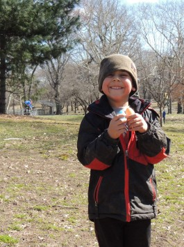 Kid happy at Easter Egg Hunt | City Kinder